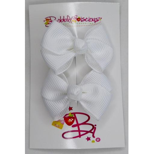 White 4cm Bow Clasps
